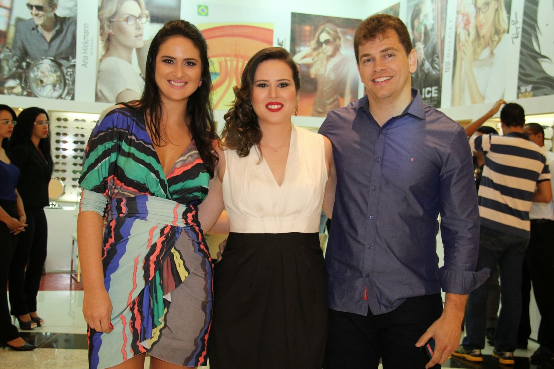 Os empresários Leila Diniz, Aline Diniz, Bruno Amaral , à frente das Óticas  Diniz no Distrito Federal, inauguraram mais uma unidade do maior grupo ótico  do ... b10164a1cf