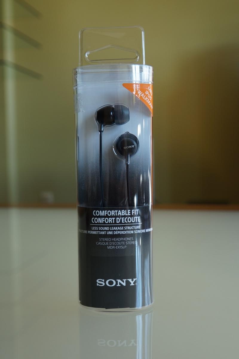Sony MDR-EX15 headphones