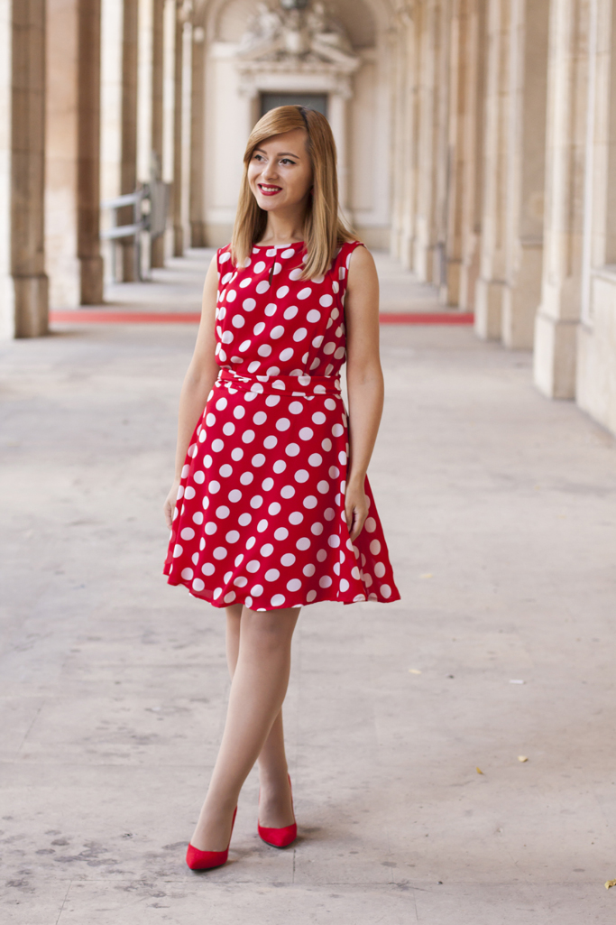 how to wear the red polkadot dress