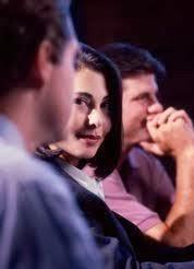 Cum sa decodezi flirtul – cele 6 reguli de baza ale flirtului - fotopanou.ro
