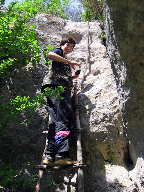 Эски-Кермен, лестница на Девичью башню