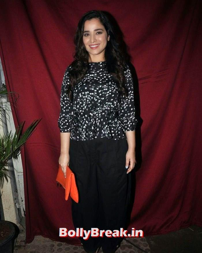 Simone Singh, Hot Indian Chics Pics from Vatsal Seth's Birthday Bash