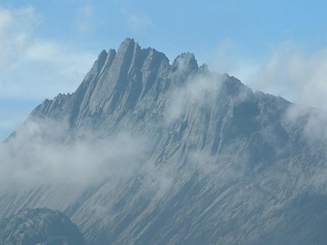 Puncak Jaya Di Pegunungan Jayawijaya