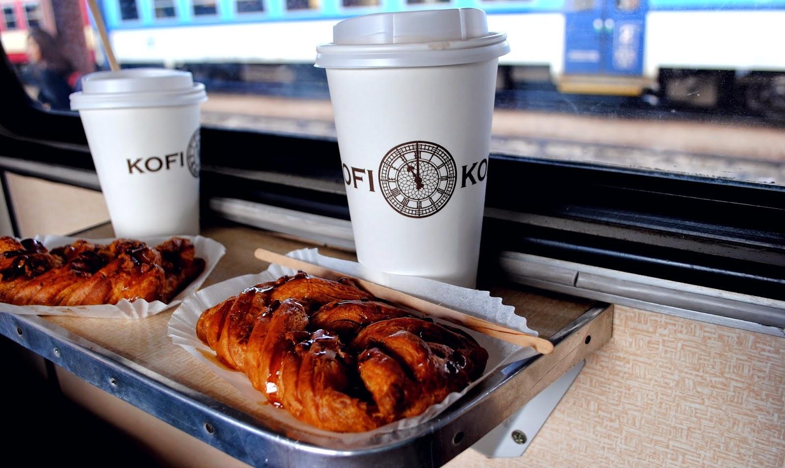 8d5bc73eebd A co je nejlepší na výletování vlakem  Přeci snídání po cestě! Nechápu