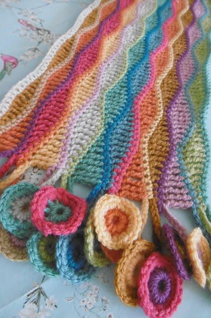 Susan Pinner 16 Cowl Scarf Wrap Patterns