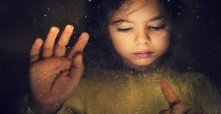 11 Signs Of A Toxic Parent And How They Harm Their Children Without Realizing It