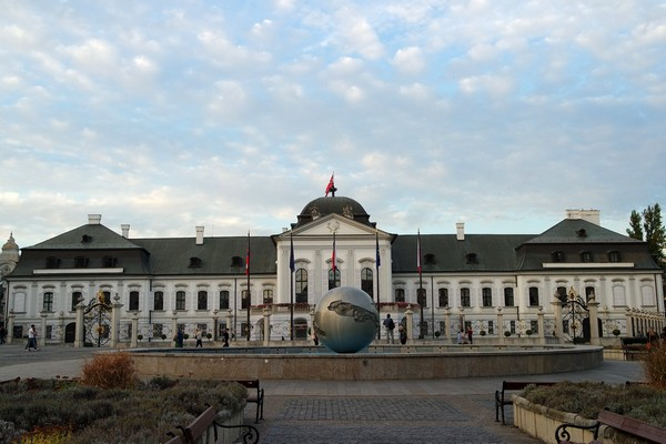 bratislava palais présidentiel grassalkovich