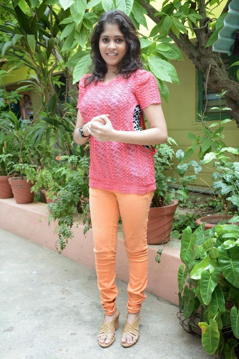 Beautiful Delhi Girls Hot Photos-9362