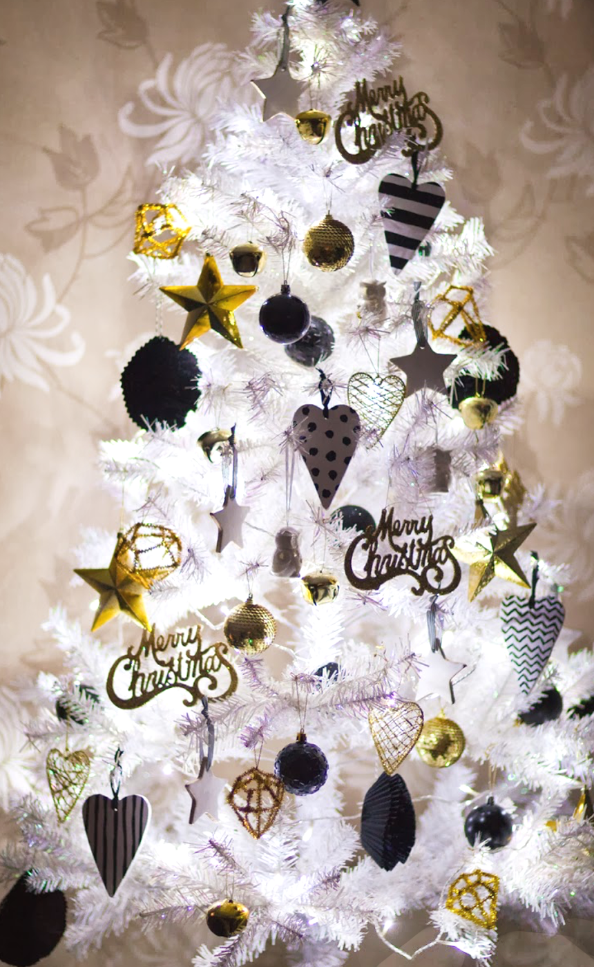 White Christmas Tree with Black/White/Gold Ornaments