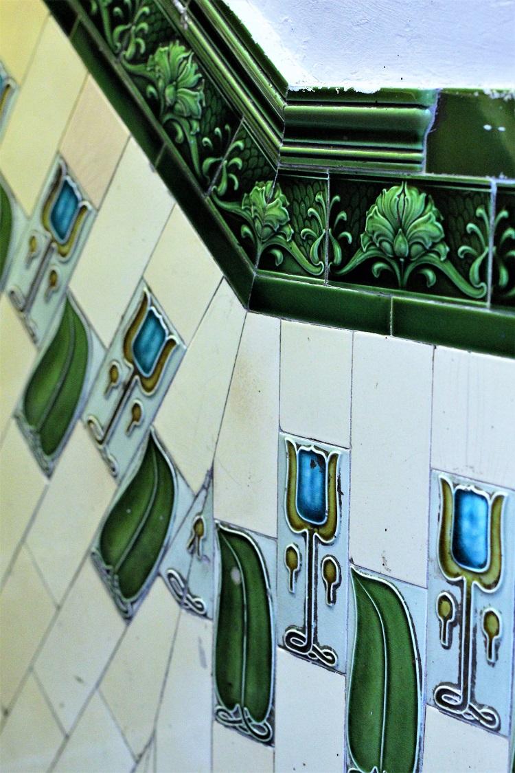 Antique tiles, Manchester - UK travel & lifestyle blog