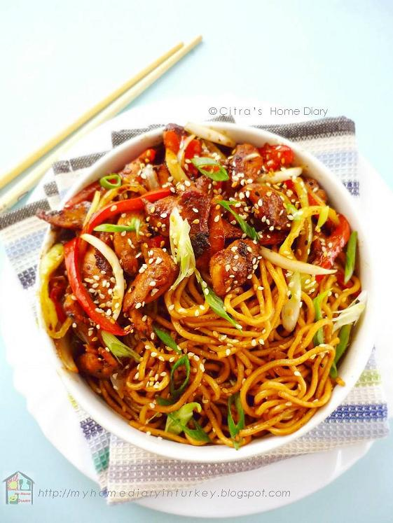Chicken/ beef teriyaki noodle bowl with homemade teriyaki sauce | Çitra's Home Diary