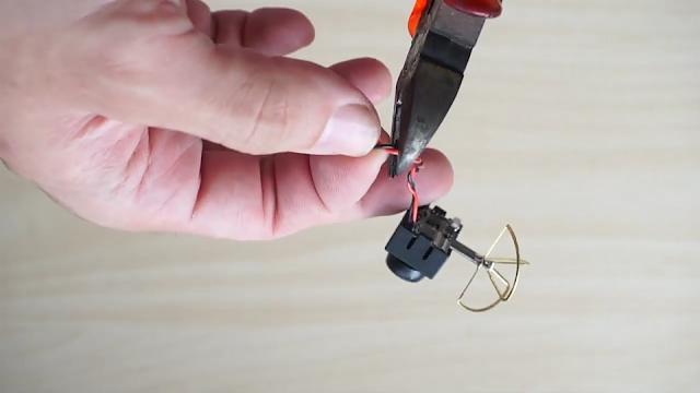 Cara Mudah Pasang Kamera Mini FPV di Micro Drone