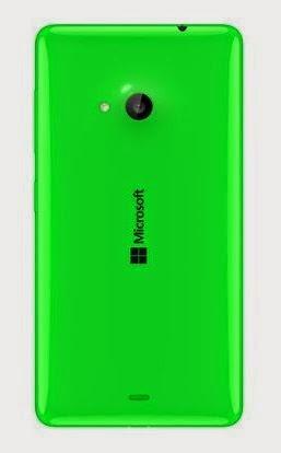 O celular carrega o logo da Microsoft e não a marca da Nokia