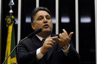 Autointitulado 'homem-bomba' Garotinho cogita pedir proteção policial