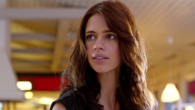 Kalki Koechlin sizzling HD Wallpaper