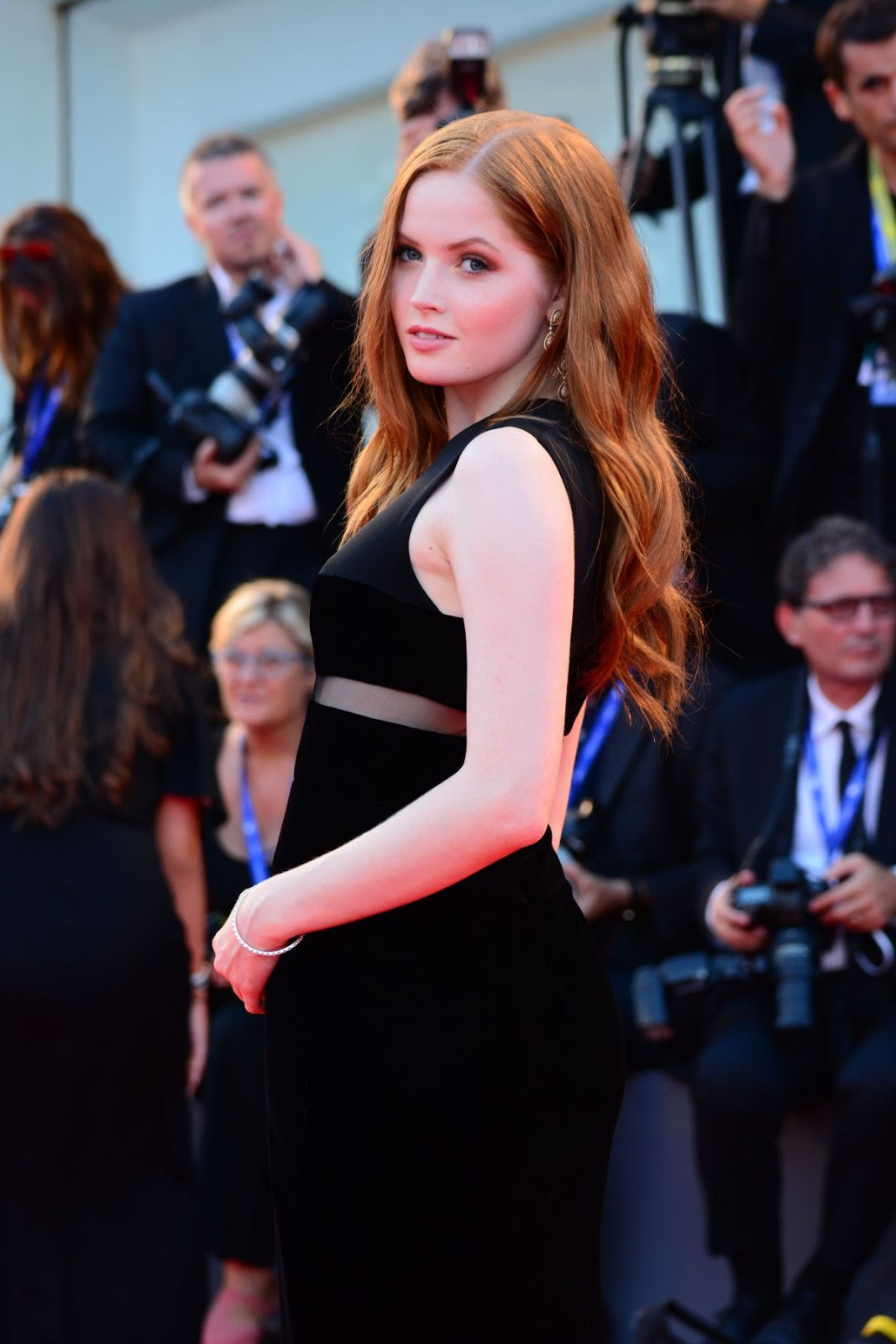 Full HQ Photos of 'Nocturnal Animals' actress Ellie Bamber At Franca Chaos And Creation Premiere At 2016 Venice Film Festival