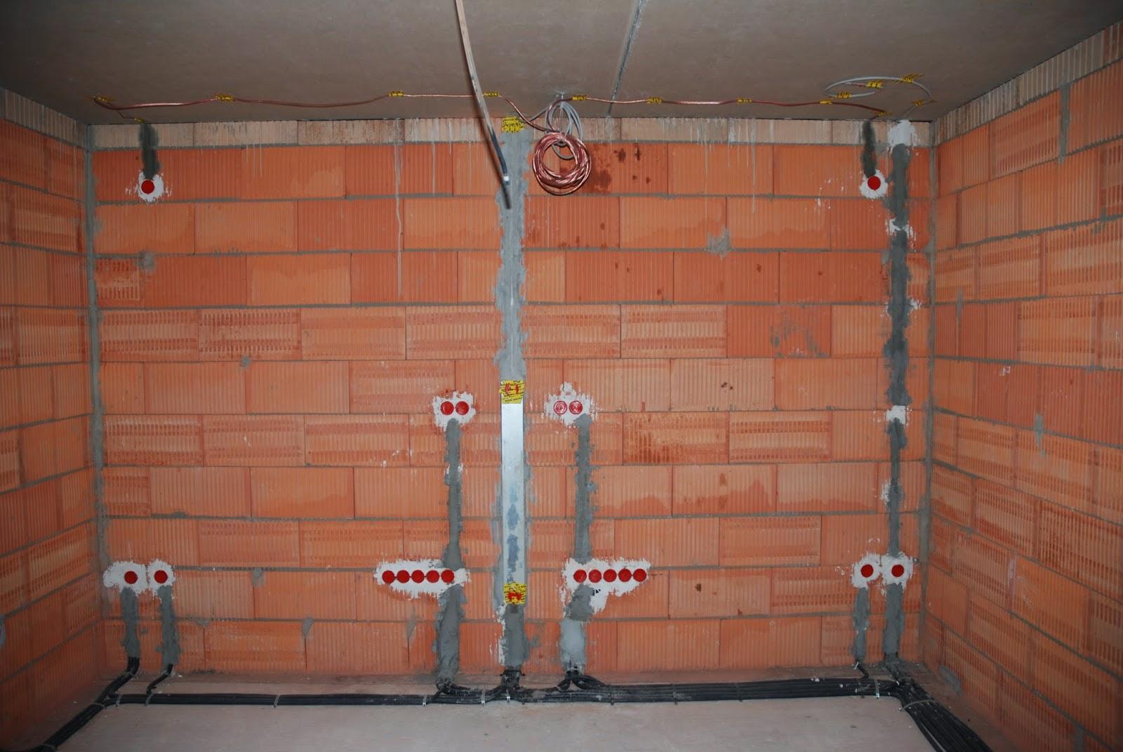 kabel unter putz verlegen puppenhaus bauanleitung zum selber bauen heimwerker forum. Black Bedroom Furniture Sets. Home Design Ideas