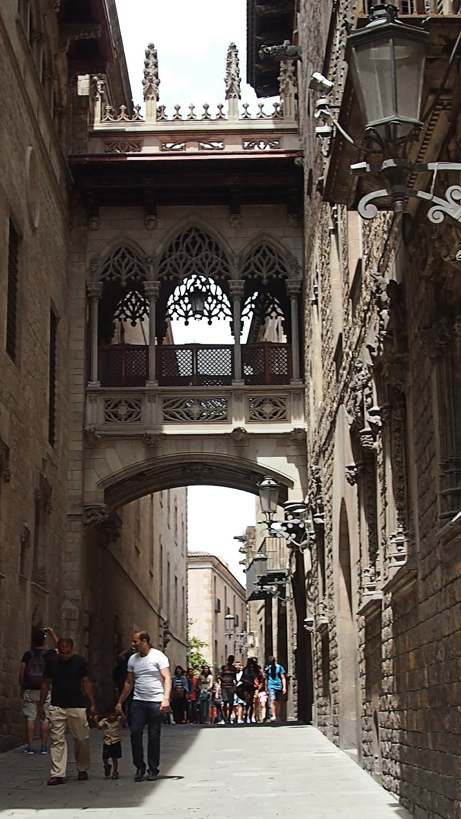 Calle del Bisbe