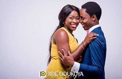 Pres. Buhari's personal photographer, Bayo Omoboriowo & wife are expecting their first child