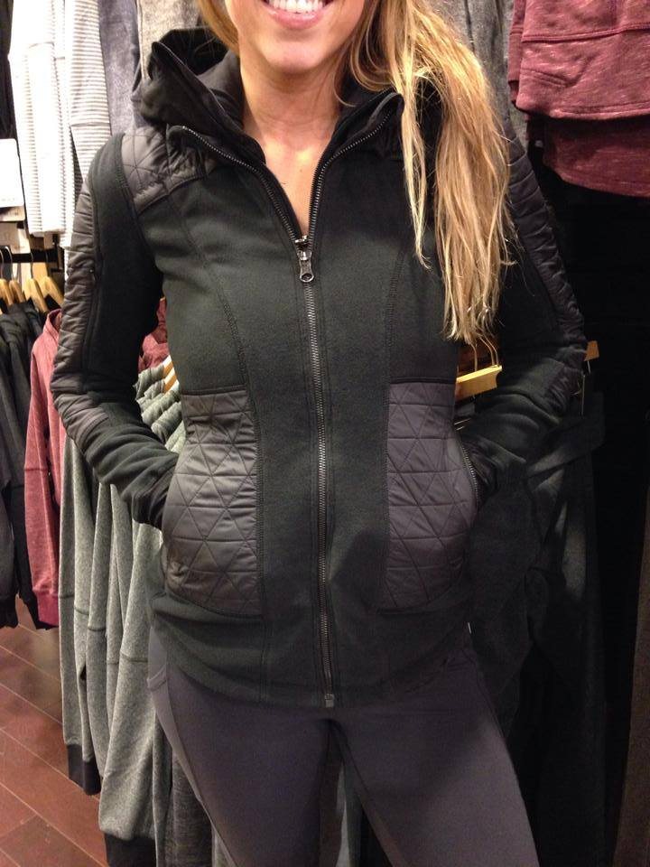 black lululemon fleecy keen jacket