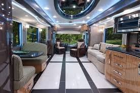 2015 Foretravel IH-45 Luxury Mobil Coach