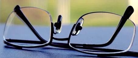 عند شراء نظارة جديدة - ابحث اولا عن العدسات الأفضل قبل الإطار