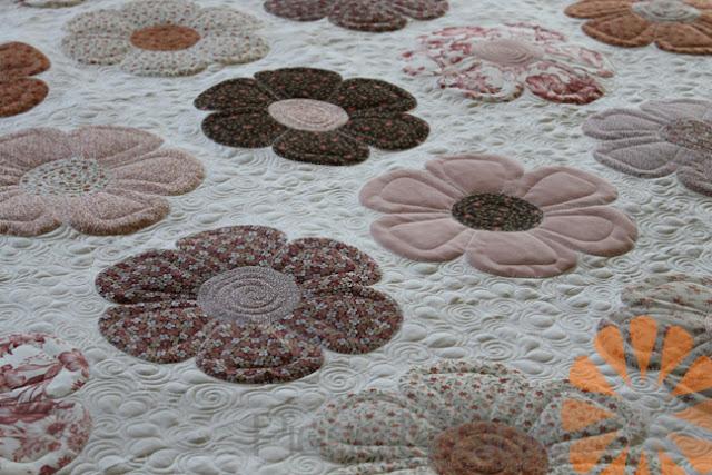 Piece N Quilt Applique Flowers Custom Machine Quilting