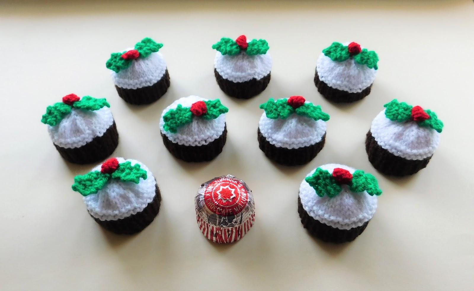 Christmas Knitting Patterns For Ferrero Rocher.Marianna S Lazy Daisy Days Tunnock S Teacakes Christmas
