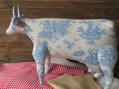 fabric cow made of Toile de Jouy