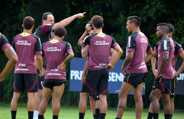 Rogério Ceni ainda busca sua primeira vitória como técnico do São Paulo (Foto: Érico Leonan/SPFC)