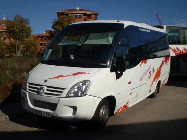 minibus-autocares-autobus-caceres
