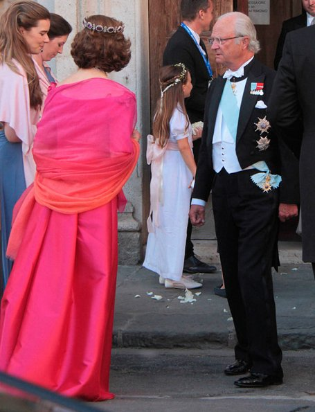 Queen Silvia, Crown Princess Victoria at wedding of Astrid Bernadotte. Princess Victoria wore Jenny Packham dress. Princess Sofia's pre-wedding dinner. Tod's flats ballerinas. Diamond Tiara