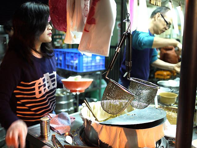 P1290383 - 台中宵夜│廣三sogo附近美食魚市米糕營業時間與相關介紹,人潮爆滿時可能要等