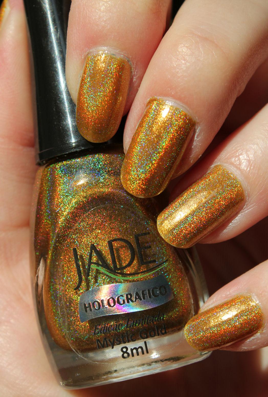 http://lacquediction.blogspot.de/2014/05/jade-holografico-mystic-gold.html