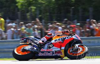 Hasil MotoGP Valencia: Marquez Tercepat FP4, Rossi Posisi 8