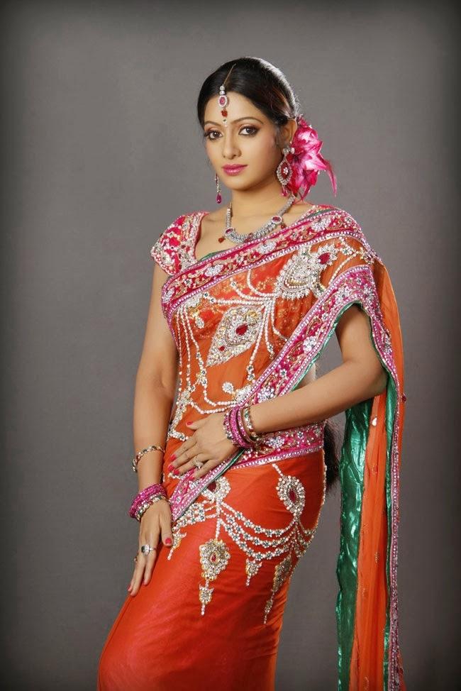 UDHAYA BHANU LATEST STILLS  - TOLLYWOOD NEWS AND GALLERY