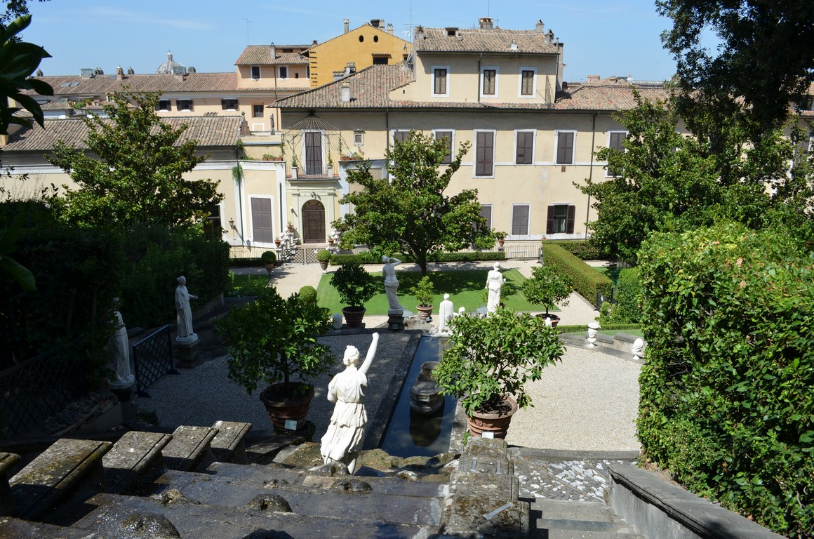 I viaggi di raffaella roma i giardini di palazzo colonna - I giardini di palazzo rucellai ...