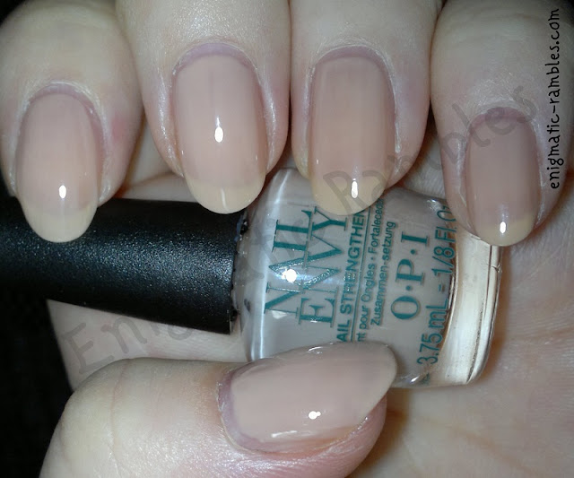 Swatch-OPI-Nude-Envy