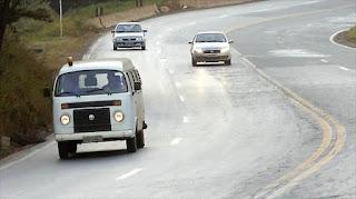 Uso do farol baixo durante o dia será obrigatório em rodovias a partir de sexta (08)