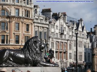 Edificios que rodean Trafalgar Square
