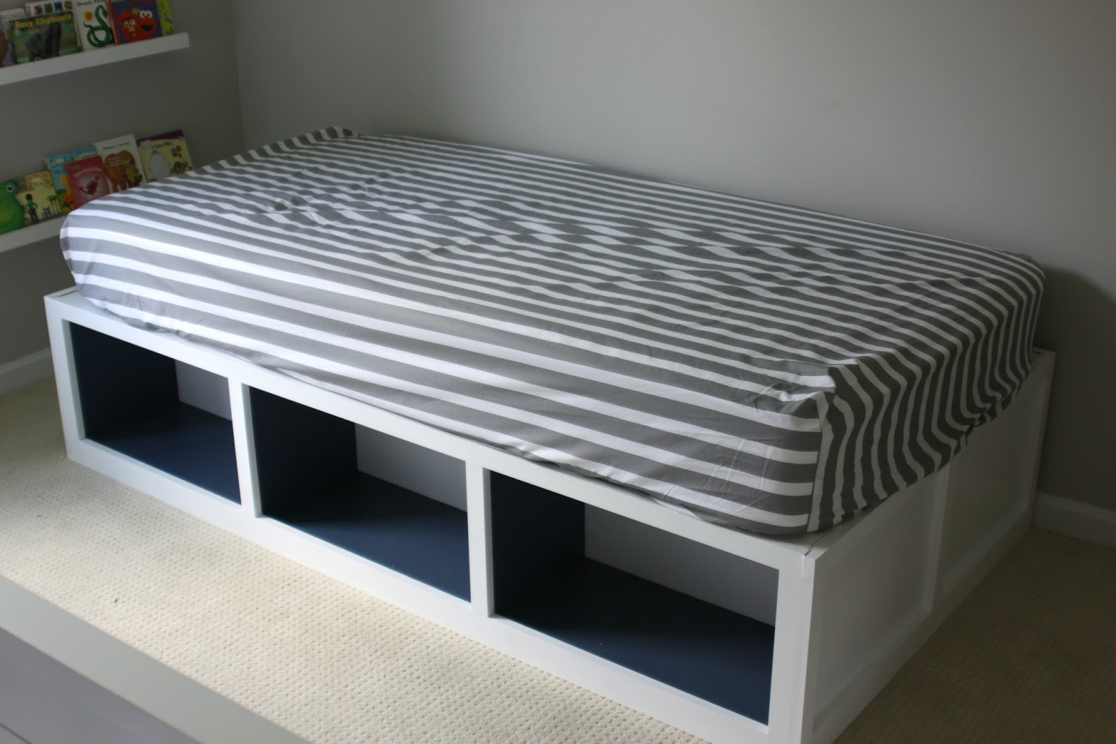 Diy Inspiration Daybeds: Our Pinteresting Family: PB Inspired Day Bed With Ana