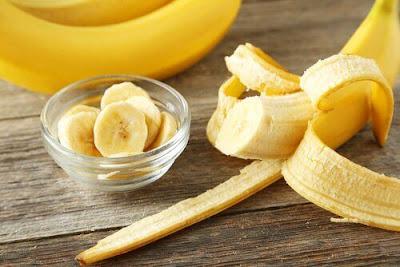 A banana é um alimento prático, saudável e altamente nutritivo