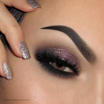 Smoky Eye Makeup Look Sparkly Plum Green Eyes Too Faced Anastasia Eyeshadows Blinking Beauté Samantha MAC Charcoal Brown Illamasqua Brow Cake Vehement