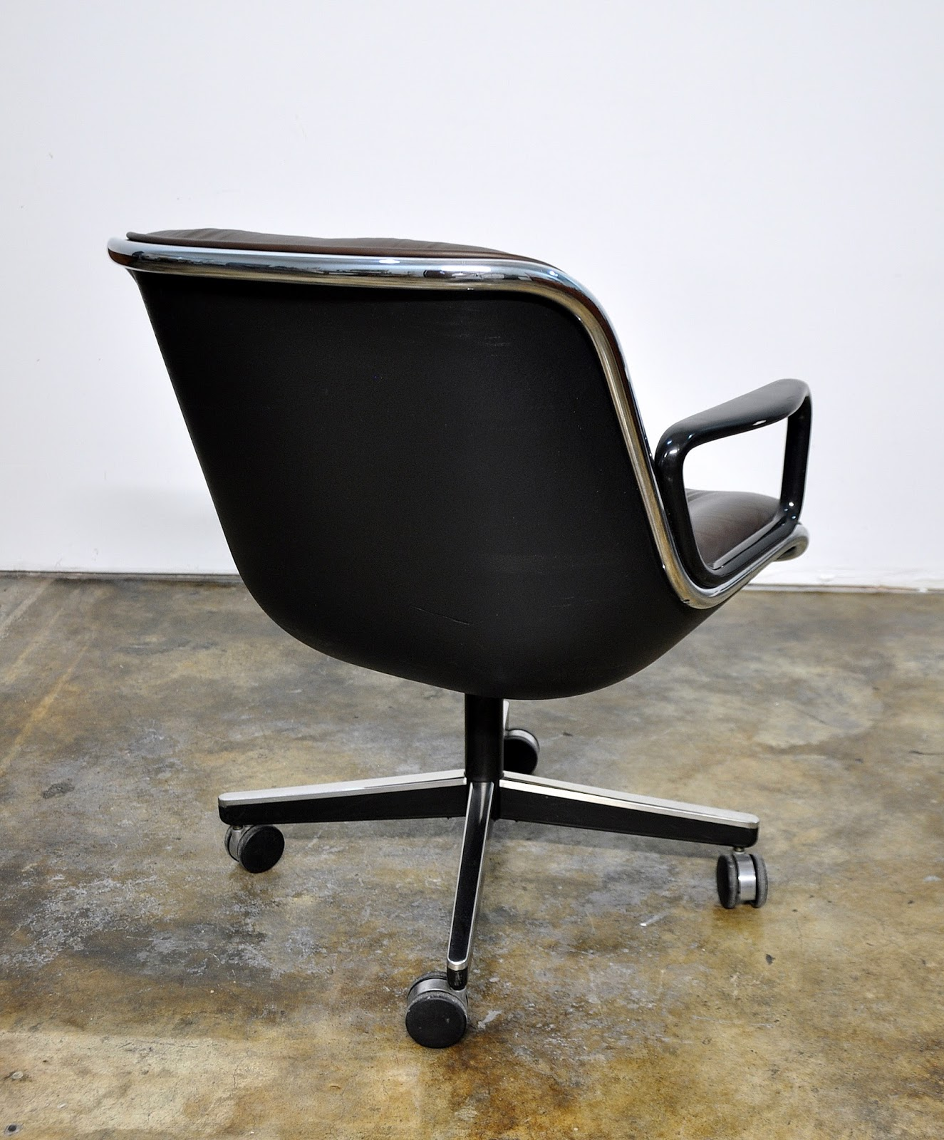 Charles Pollock Chair Select Modern Charles Pollock For Knoll Leather Executive