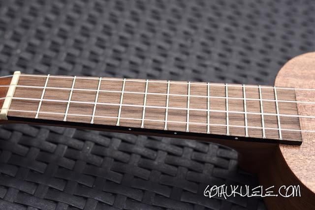 baton rouge v2-sw sun soprano ukulele fingerboard