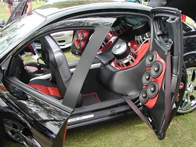 Cars Showroom: Car Audio System