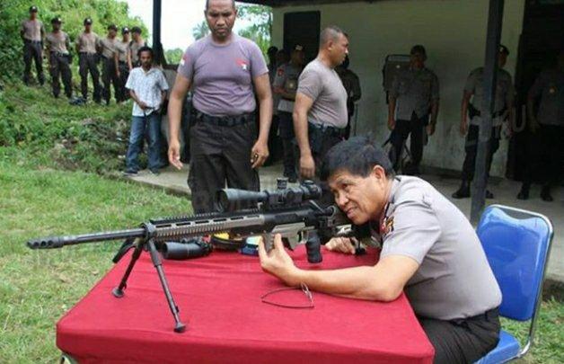 Royke Lumowa Berlatih Menembak Khusus Sniper di Passo
