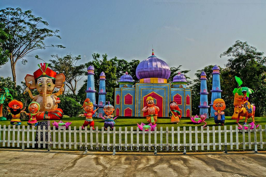 Lantern display of iconic images of India: Taj Mahal, Hindus and Sikhs,  cobra and snake charmer, and Ganesha, Garden by the Bay 2014