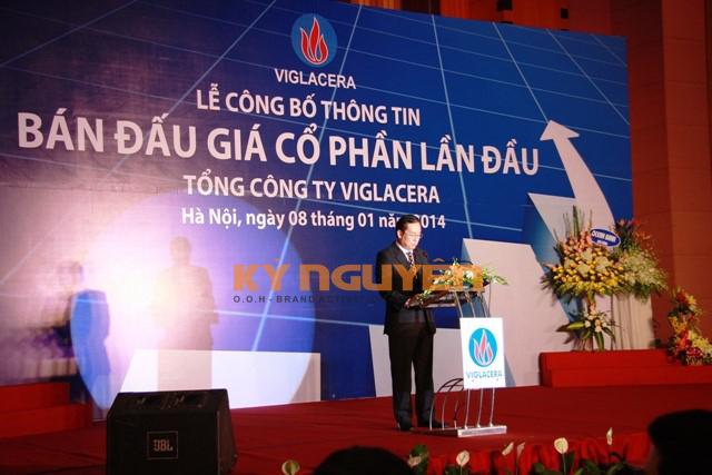 Ông Đặng Văn Long - Vụ trưởng Vụ Quản lý doanh nghiệp - Bộ Xây dựng phát biểu tại Lễ công bố thông tin bán đấu giá cổ phần lần đầu của TCT Viglacera