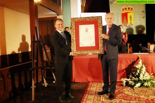 El Paso otorga a título póstumo la distinción de Hijo Adoptivo a Víctor Díaz Hernández